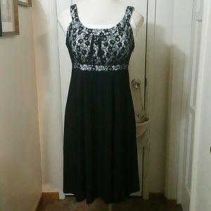 SANGRIA black lace top dress
